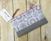Lace Clutch - Clutch Purse - Zippered Clutch - Doily and Lace - Clutch