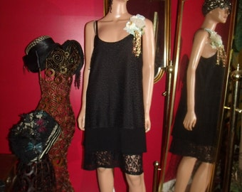 Black  Flapper Dress and Floral Adult Roaring 1920s Costume Theme Size L