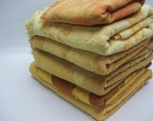 Vintage towel set - golds and yellows