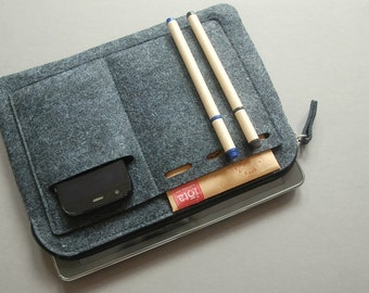 iPad Case, Tablet Cover, felt tech cover, zipper bag.
