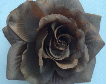 SILK ROSE  Large, Brown  / 47
