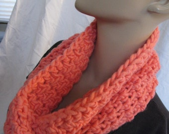Coral Chunky Infinity Scarf, Chunky Cowl, Crochet Cowl, Crochet Infinity Scarf, Loop Scarf, Circle Scarf, Winter Scarf
