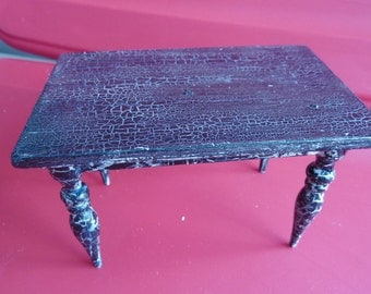 """1"""" Crackled Table"""