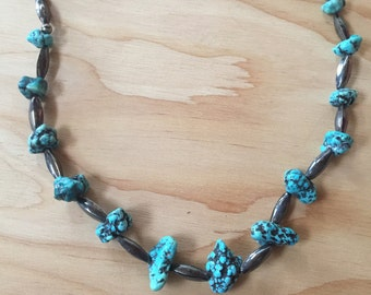 Turquoise and silver bead necklace -  Native American - vintage