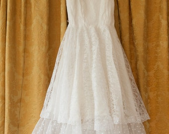 Vintage Dress  - Amazing White Lace Bridesmaid Party Ruffles Polka Dots Tulle 80s