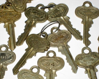15 Vintage Russwin Keys for Crafting, Jewelry Making, Collage, etc.
