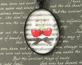 Love in Concert - Glass Pendant Necklace