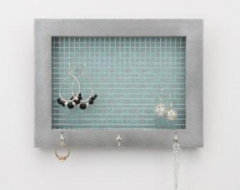 Jewelry Organizer- Mini Jewelry Holder- Upcycled 5x7 Frame