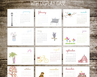 2017 Calendar, 2017 Desktop Calendar, Desktop Calendar, Office Gift, Christmas Gift, Holiday Gift, Stocking Stuffer, Planner, Teacher Gift
