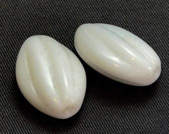 Vintage Opaque White Beads Lozenge Carved Twist (2)