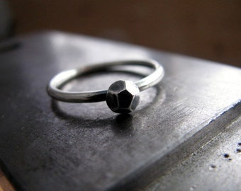 Sterling Silver Nugget Ring, Faceted Fine Silver Pebble Ring, Oxidized Stacking Ring