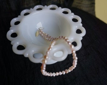 Pink cultured pearl necklace