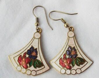 Vintage Cloisonne Pierced Earrings Floral on White Enamel Fans