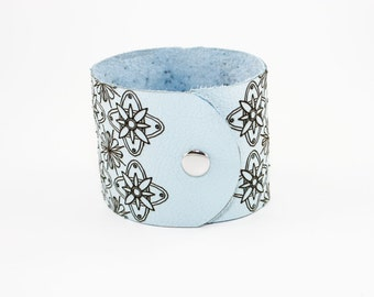 Leather Cuff - Modern Floral Pattern Laser Engraved (Pale Blue) - Choose Your Size