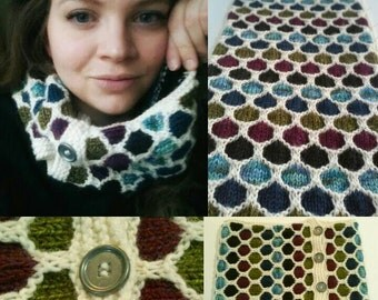 Stained Glass Honeycomb Cowl with Metal Buttons