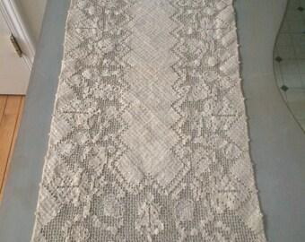 Vintage Table Runner Antique Ecru Lace