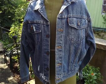 Vintage LEVIS Denim Jacket  Extra Large Made in USA