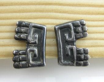 Vintage Tribal Sterling Silver Screw Back Earrings