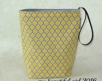 Vintage Lattice Reusable Trashbag - Instock