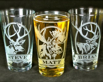 6 Etched Glass Groomsmen Gift Set, Personalized Beer Glasses, Pint Glass Presents for Men