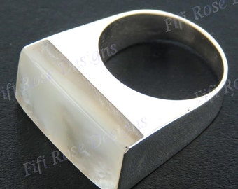white mother of pearl shell 925 sterling silver 8 ring