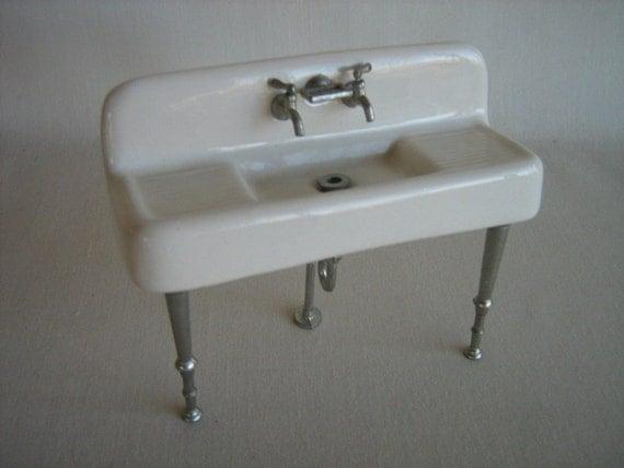 Vintage Miniature Dollhouse Porcelain Kitchen Sink 1920 30s