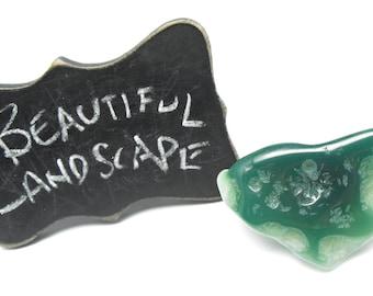 AFRICAN CHROME CHALCEDONY Mtorolite 00572e large free form pendant bead precious gemstone natural vivid green agate tumble polished big hole