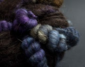Roxane, Mostly Shetland, CoilSpun BeeHive Art Yarn, HandSpun HandDyed Yarn, 40 yards