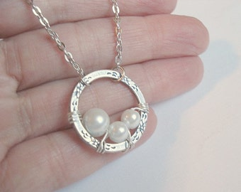 Mommy and Me Necklace Mother Child Necklace Silver Ring Necklace Mother and Child Pearl Necklace