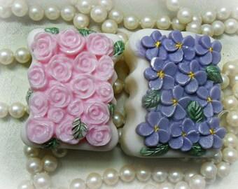 Violets and Roses Gift Set