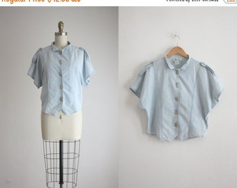 25% Memorial Day Sale 1980s chambray blouse