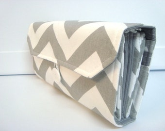 Cash Envelope Wallet  / Dave Ramsey System / ZIPPER Envelopes - Gray and White Twill  Chevron Zig Zag