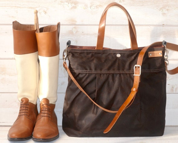Fantastic Camera Bag Waxed Canvas  Womens Tote  Classic  By DarbyMack