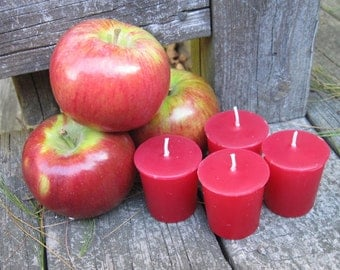 MACINTOSH APPLE (4 votives or 4-oz soy jar candle)