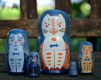 Handmade Matryoshka Russian nesting dolls - 5 pieces - Folk art - Nighttime Babushcats - toy - decor