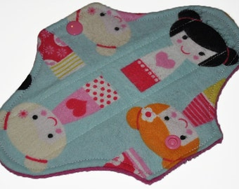 Liner Core- Geisha Dolls Flannel Reusable Cloth Mini Pad- 7.5 Inches (19 cm)