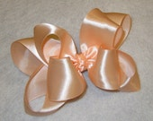 Peach Satin Hair Bow, Peach Satin Hairbow, Satin Hair Bows, Boutique hairbows, Girls Hairbows, Girls Satin Hair Bow, Baby Headbands, Bows