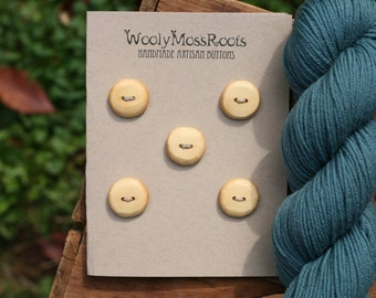 5 Cedar Wood Buttons- Yellow Cedar Wood- Wooden Buttons- Eco Craft Supplies, Eco Knitting Supplies, Eco Sewing Supplies