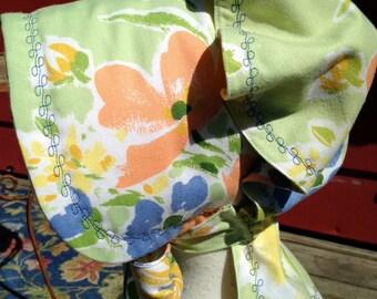 Pastels w/Decorative Stitching Prairie Bonnet