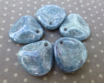 free UK postage strand of 50 beads Glass Petal Beads White Terracotta Blue PTL1413-02020-15464