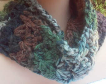 Thick Chunky Soft Scarf / Green Mix Scarf / Chunky Scarf / Soft Scarf / Crochet Scarf /