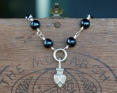BlackPearl Bracelet with Antique Style Silver Crowned Heart Charm