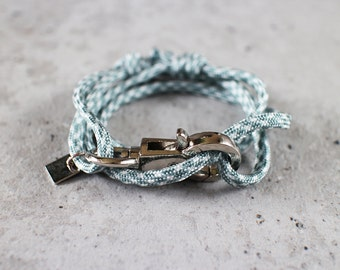 Cord Tiga - grey white titanium paracord cord wrap bracelet with silver metal clasp, unisex, adjustable size, limited edition