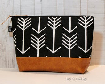 Black Arrows with Vegan Leather - Large Make Up Bag / Diaper Clutch / Bridesmaid Gift