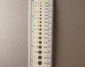Simple Knitting Needle Gauge/Ruler