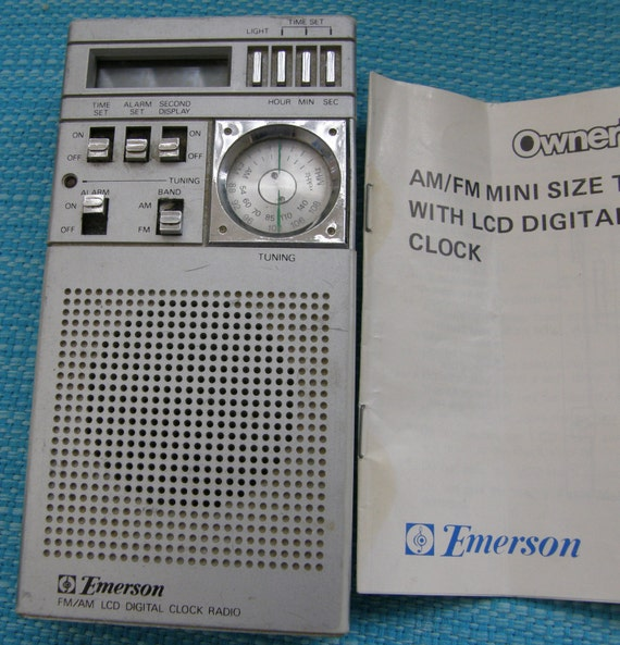 vintage emerson radio and travel alarm clock with lcd digital. Black Bedroom Furniture Sets. Home Design Ideas