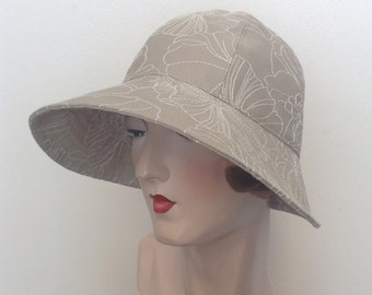 Petra fabric Cloche hat. Gatsby hat, sun hat, travel hat, cotton hat, downtown. Sample sale