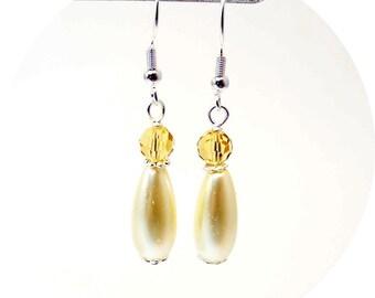 Yellow Earrings, Yellow Teardrop Earrings, Pale Yellow Earrings, Bridesmaid Earrings, Bridesmaid Gift, Canary Yellow, Dangle Earrings