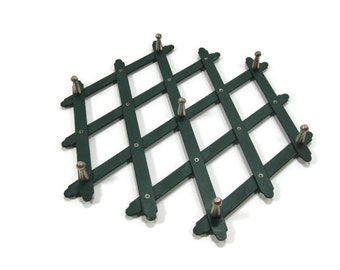 Metal expanding RACK or TRIVET necklace jewelry belt spoon holder