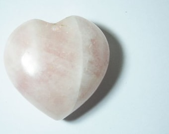 Rose quartz healing heart